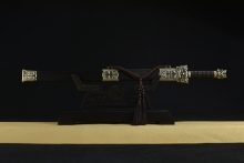 02678 龙王秦剑